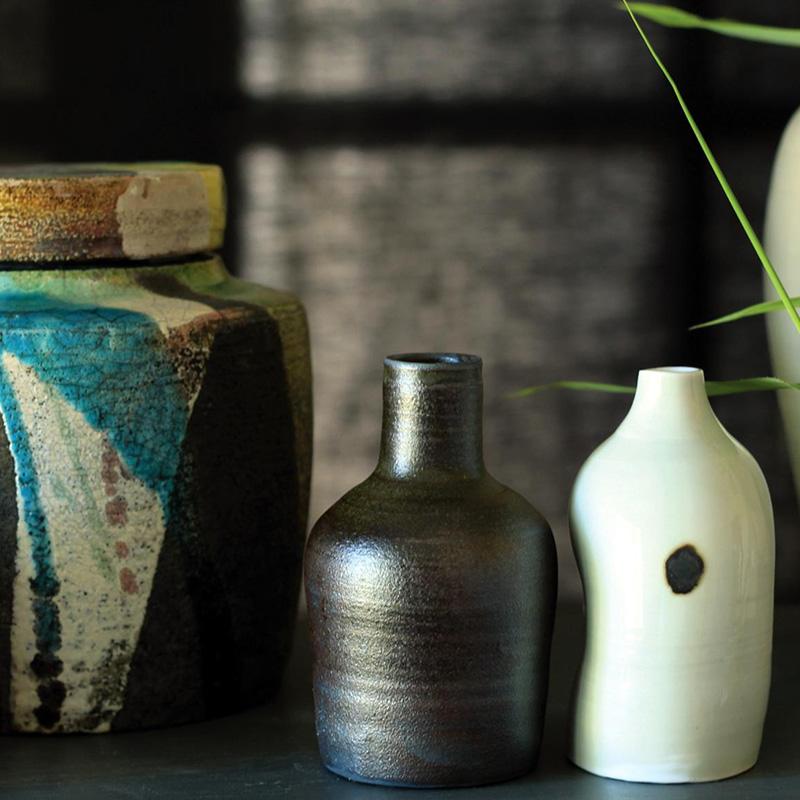Boîte enfumée, porcelaine translucide - Ateliers de Williams © DR