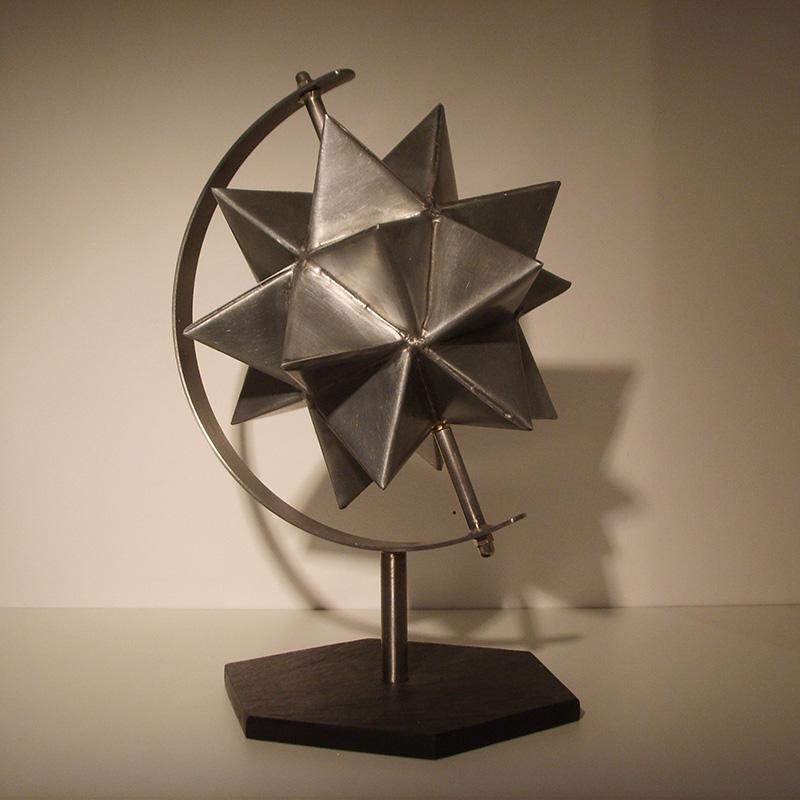 Sculpture Un autre monde - Atelier zinc de toi (c) DR